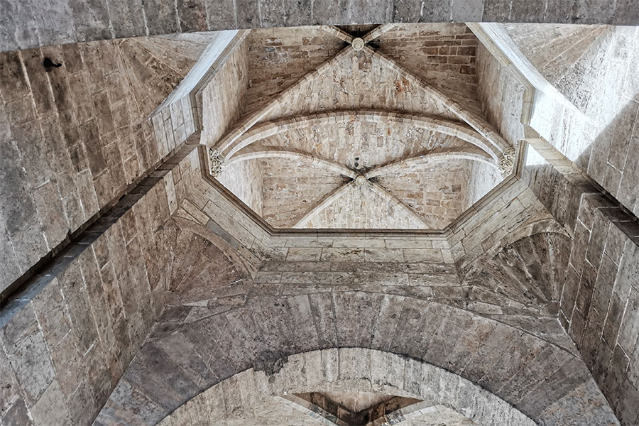 Ворота Торрес де Серранос