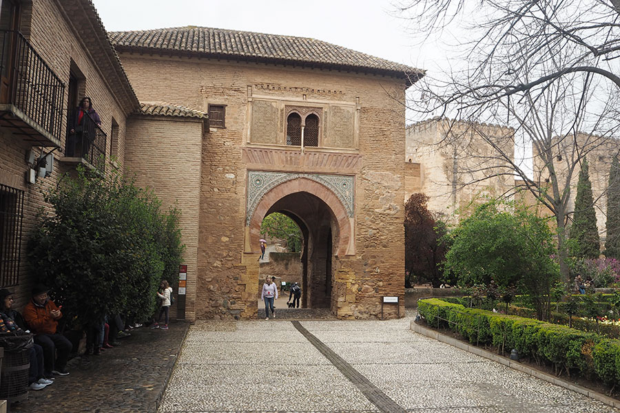 Винные ворота